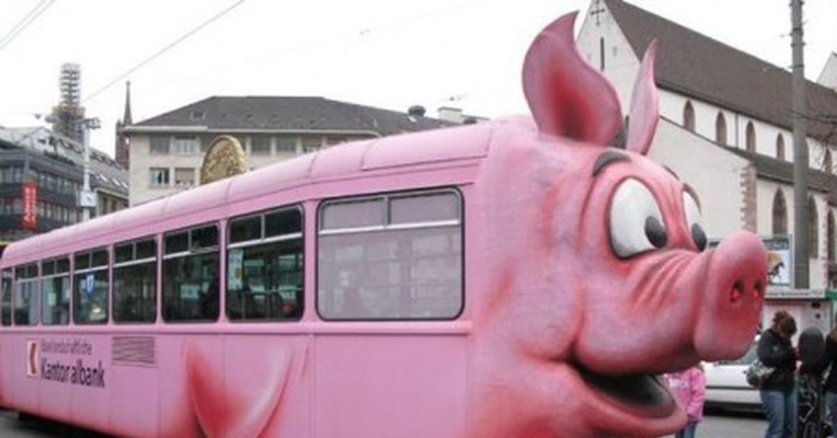 Снимает на видео девушек в трамвае смотреть онлайн фотоография