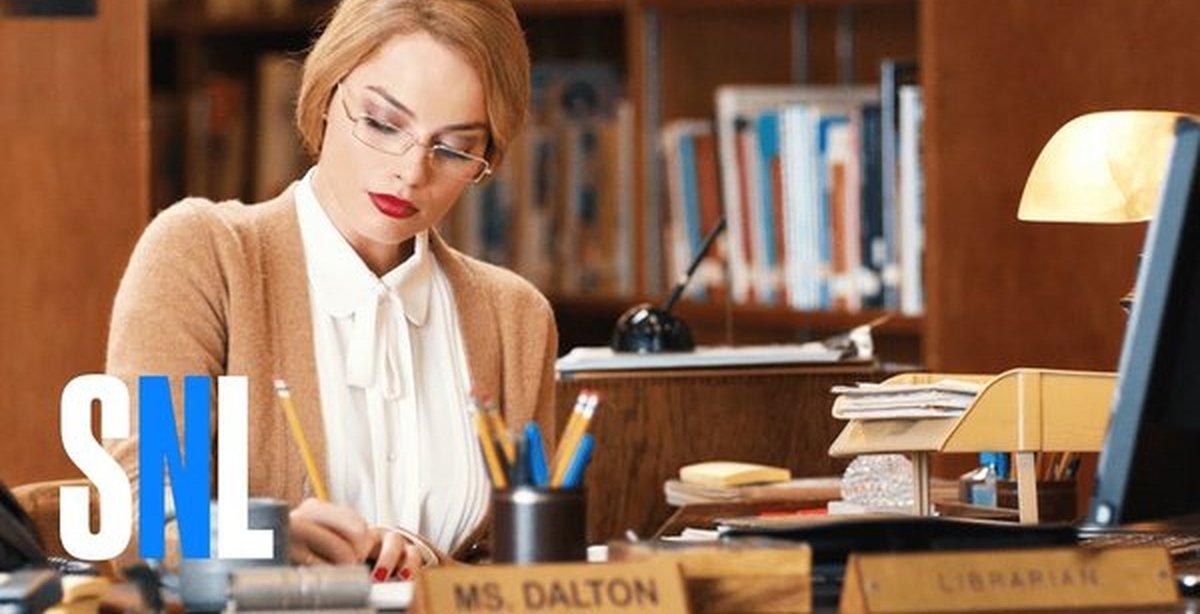 Красивая библиотекарша видео фото 278-34